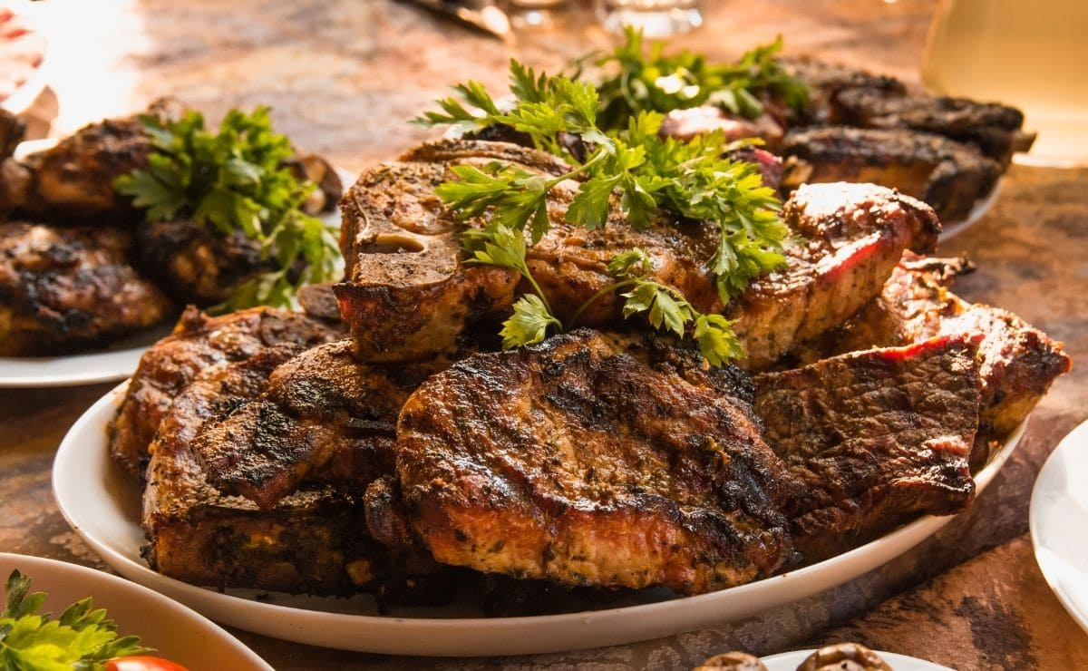 vitamin-w12-why-eating-meat-helps-prevent-this-cell-damage